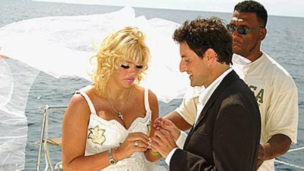 The 17 Things We Love Most About Anna Nicole Smith - Reelzchannel-1248
